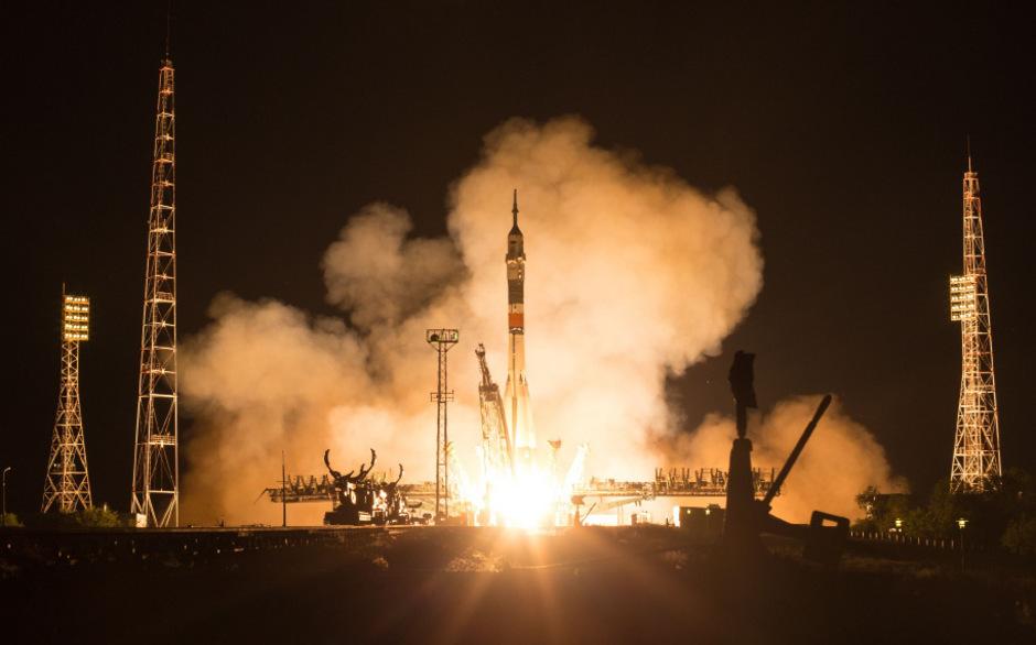 Zum 50. Jahrestag der Mondlandung startete das Sojus-Raumschiff MS-13 mit drei Astronauten an Bord ins All.