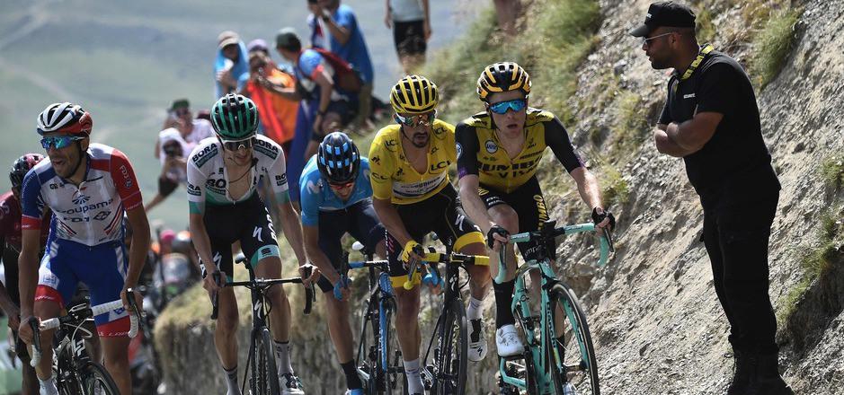 Steht ein Franzose am Ende der Tour de France ganz oben? Thibaut Pinot (l.) und Julian Alaphilippe (Gelbes Trikot) haben gute Karten.