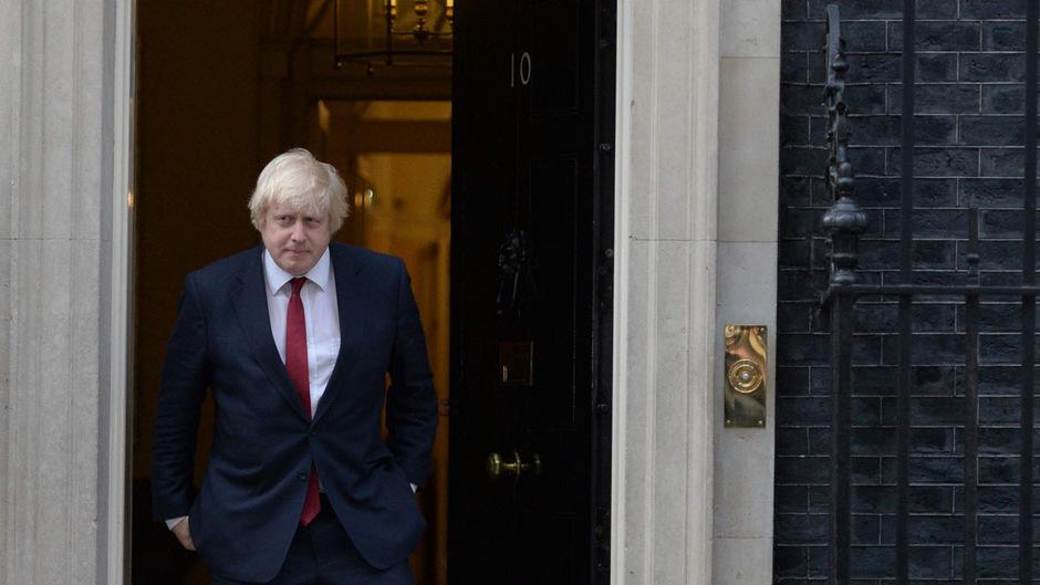 Boris Johnson ist in Downing Street Nr. 10 angekommen - als Premierminister. Es erwartet ihn eine schwere Aufgabe.