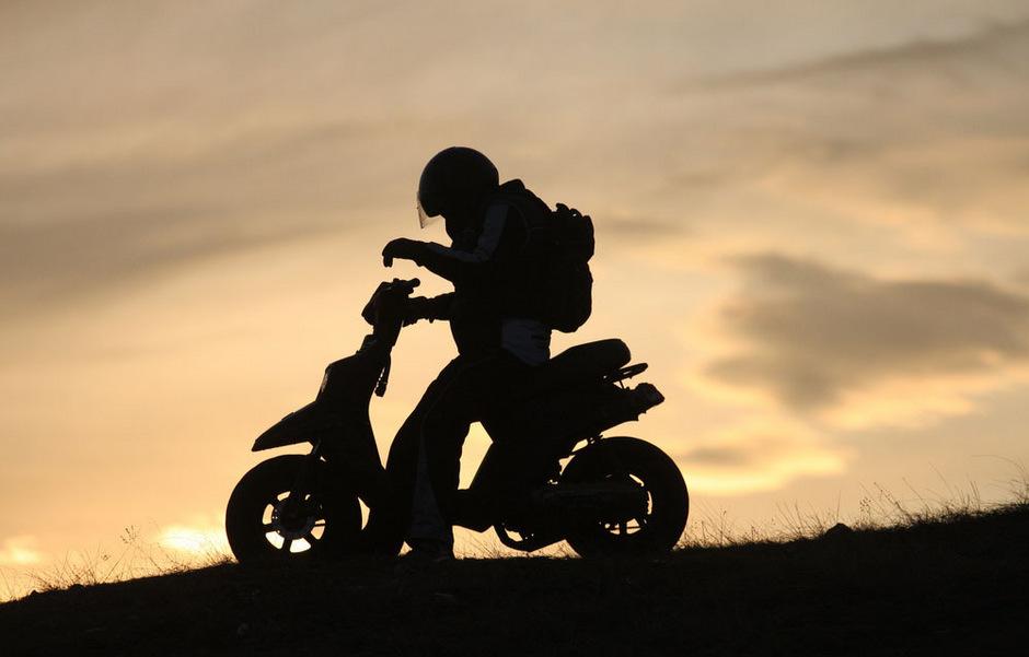 Immer weniger Jugendliche fahren in Tirol Moped.