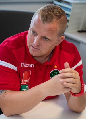 """Thomas Grumser (Trainer FC Wacker): """"Wenn wir uns dazu bekennen, den Weg mit den jungen Spielern zu gehen, sollte das auch konsequent durchgezogen werden."""""""