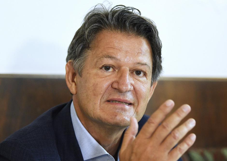 Der Journalist Wolfgang Brandstätter wird dem konservativen Lager zugerechnet.