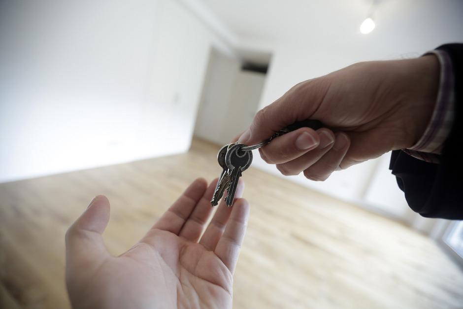 Für junge Familien immer schwieriger, leistbare Wohnungen zu finden.