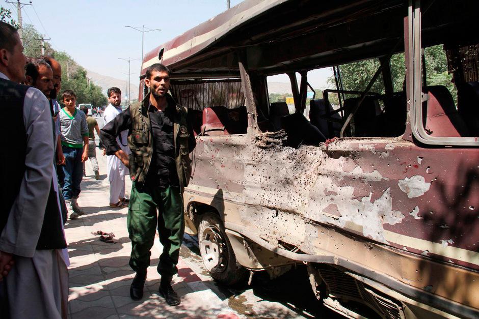 In Kabul starben mehrere Menschen bei Explosionen.