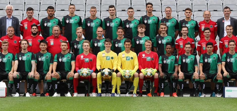 Mit der wohl jüngsten Wacker-Kampfmannschaft aller Zeiten starten die Tiroler heute in die 2. Liga.