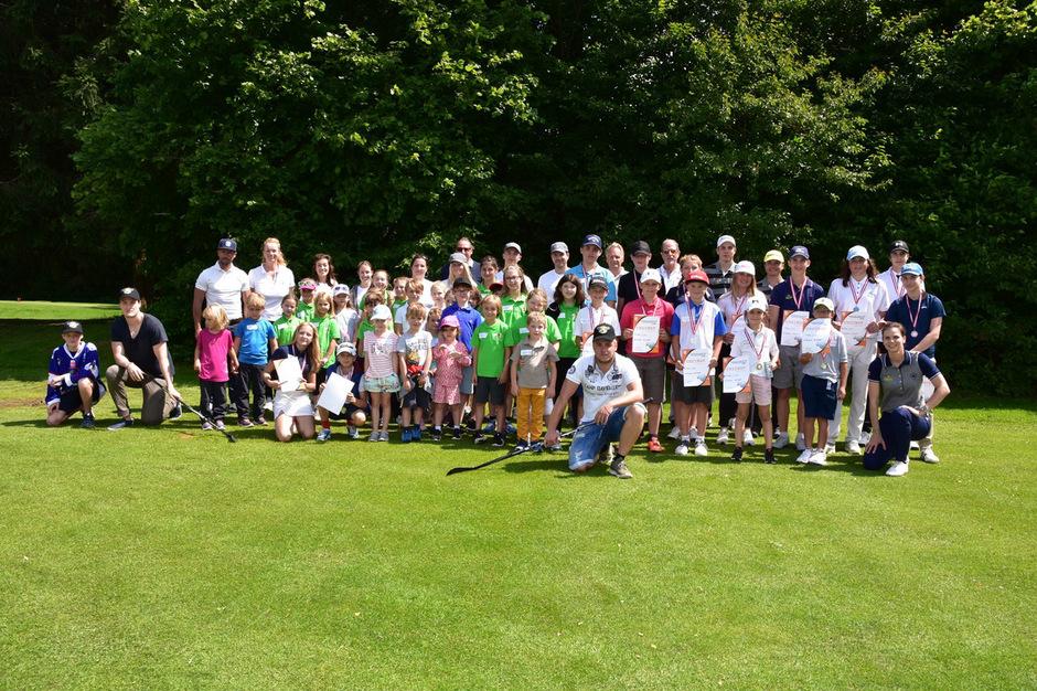 """Das """"Golf is cool""""-Sommerfest auf der Anlage des GC Kitzbühel-Schwarzsee brachte nur strahlende Gesichter."""