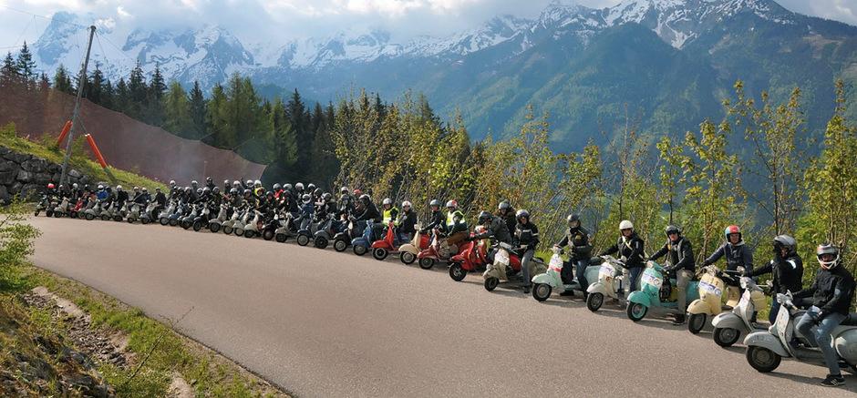 Die Teilnehmer der heurigen Pyhrn-Priel-Rallye in OÖ: auch zehn Tiroler waren mit von der Partie.