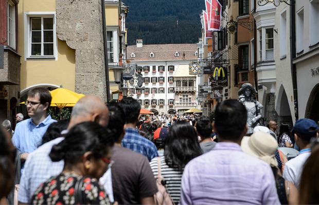 Die Innsbrucker Altstadt ist im Sommer ein Magnet.