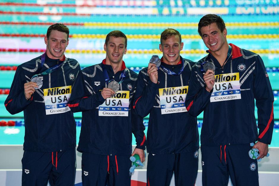 Die US-Schwimmer Ryan Murphy, Andrew Wilson, Caeleb Dressel und Nathan Adrian.