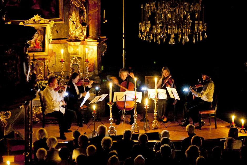 Ein Höhepunkt ist jedes Jahr das festliche Eröffnungskonzert in der barocken Pfarrkirche.