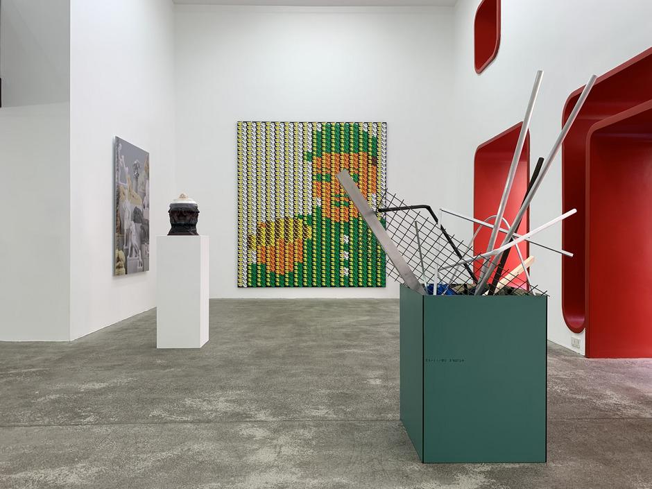 """""""Ansammeln"""" ist das Thema der von Simeon Brugger kuratierten sommerlichen Ausstellung in der Innsbrucker Galerie Widauer."""