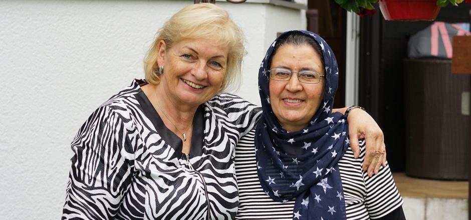 Christine Ellinger aus Kirchbichl half Rona Zarifi und deren Familie, in Tirol Fuß zu fassen. Die Zukunft der Flüchtlinge ist aber ungewiss.