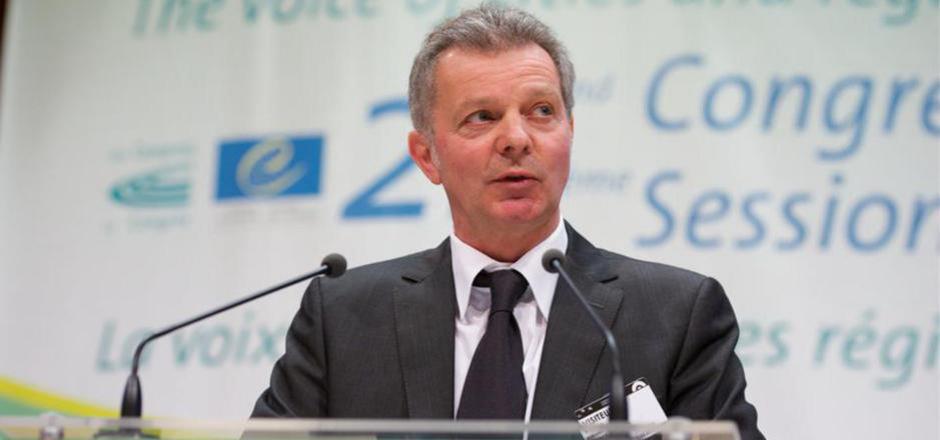 """""""Ein Aufsichtsrat hätte viel umfassendere Kontrollmöglichkeiten."""" - Reinhard Krismer (Direktor des Landesrechnungshofs)"""