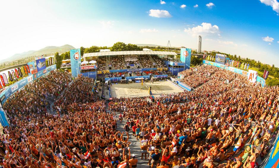 Wenn der DJ ?Put your hands up in the air? anstimmt, dann strecken die 8000 Zuschauer rund um den Center Court auf der Wiener Donauinsel ihre Arme hoch.