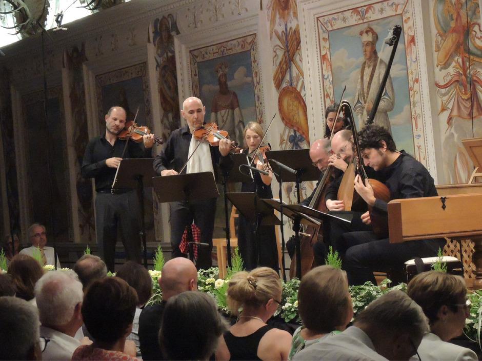 """Das """"Imaginarium Ensemble"""" unter Enrico Onofri (2. von links) bewies alle Kraft der Imagination und virtuose Raffinesse."""