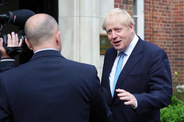 Boris Johnson bei seiner Ankunft am Stormont House in Belfast.