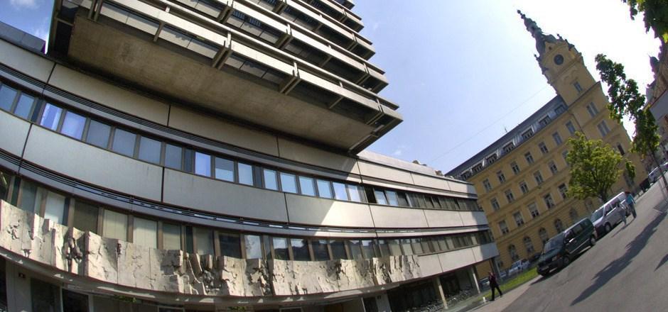 Nicht nur am Innsbrucker Landesgericht werden die Kanzleikräfte langsam knapp.