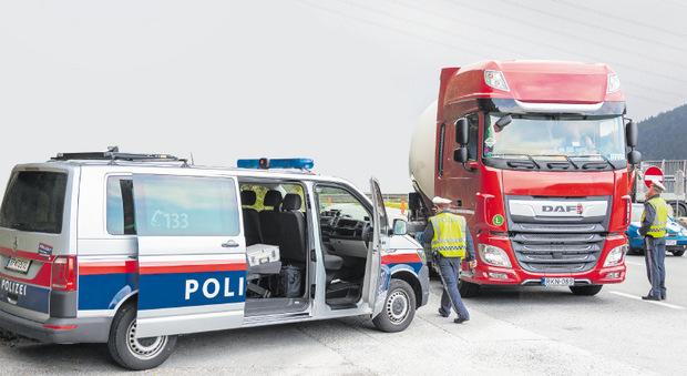 38 Lkw-Lenker mussten in Fritzens eine saftige Strafe bezahlen.