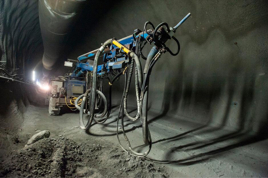 Bis die Baumaschinen, wie hier im Brennerbasistunnel, in Angath am Werk sind, wird noch Zeit vergehen. Diskutiert wird aber bereits.