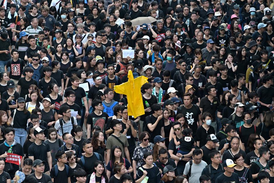 Seit Wochen gehen Hunderttausende in Hongkong auf die Straße um gegen die Regierung zu demonstrieren.