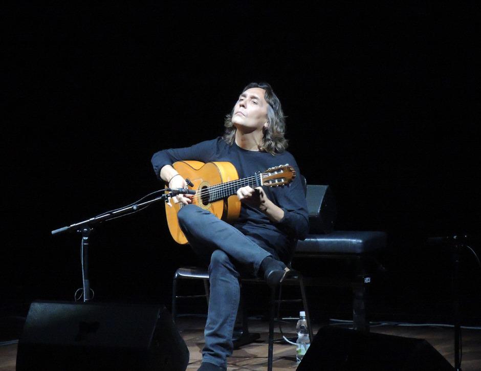 """Vicente Amigo und sein Ensemble bescherten beim Festival """"La Guitarra Erl"""" einen Flamenco-Abend der Extraklasse."""