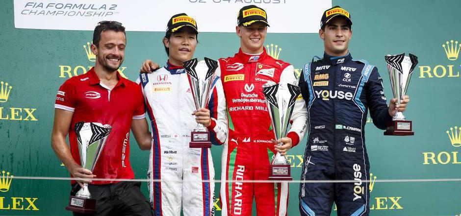Die Top 3 in Budapest: Nobuharu Matsushita, Sieger Mick Schumacher und Sergio Sette Camara.