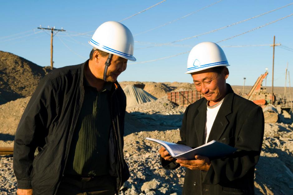 China liefert an jene Staaten, in denen es Infrastrukturprojekte verwirklicht, nicht nur Geld, sondern auch Know-how.