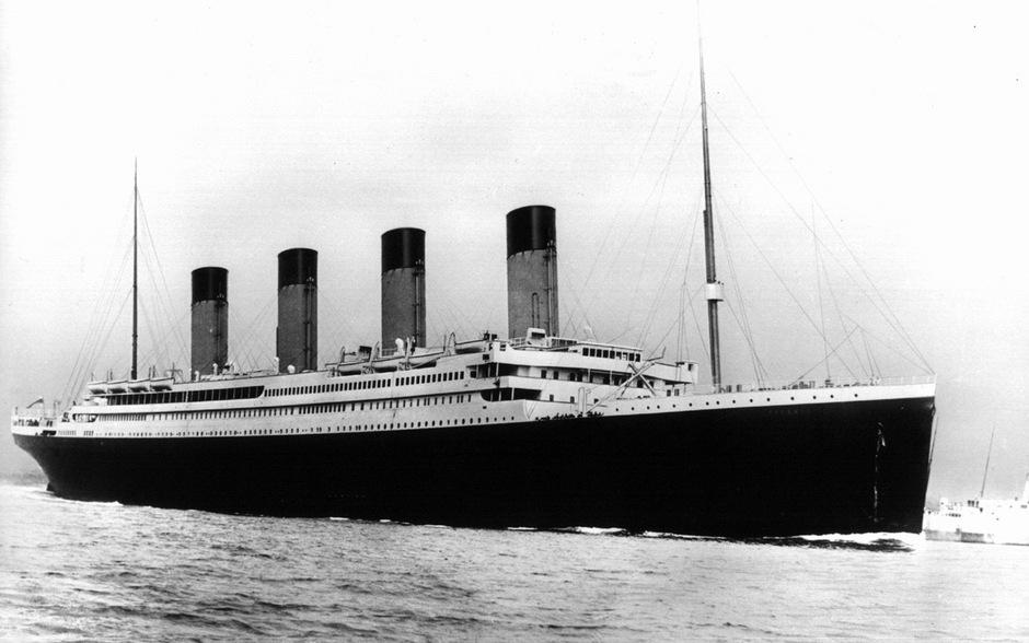 """In der Nacht von 14. auf 15. April 1912 versank die """"Titanic"""" auf ihrer Jungfernfahrt im Atlantik. Gebaut wurde sie auf der Werft von Harland & Wolff."""