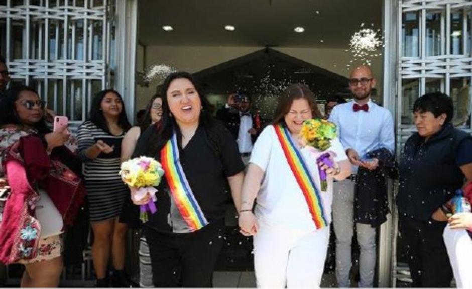 Pamela Troya und Gabriela Correa auf ihrer Hochzeit.