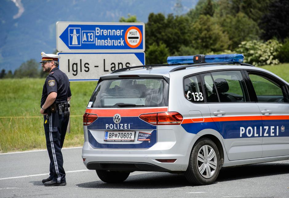 Die Polizei überwacht die Pkw-Fahrverbote an den Wochenenden seit zwei Wochenenden nicht mehr selbst. Das tun nun private Security-Firmen.