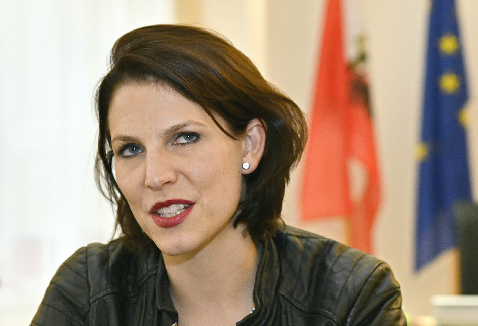 Staatssekretärin Karoline Edtstadler ist hinter Othmar Karas die Nummer zwei auf der ÖVP-Liste für die EU-Wahl am 26. Mai.