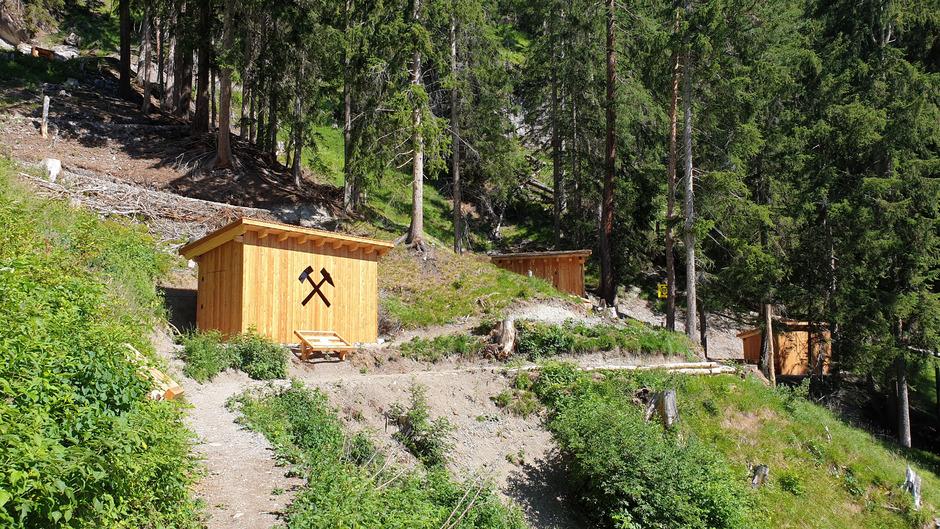 Ein Rundwanderweg mit drei Stationen informiert über den Bergbau in St.Anton.
