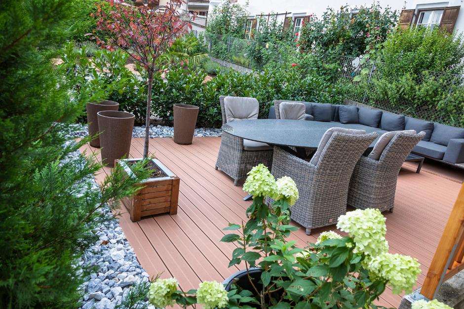 Oase des Alltags. Ein Stück vom Glück. Der Garten kann sämtliche Wünsche erfüllen – vom Wasserspiel über die ruhige Sitzecke bis zum Blütenmeer.