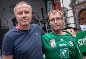 WSG-Tirol-Trainer Thomas Silberberger mischte sich in Hall unter die Fans.