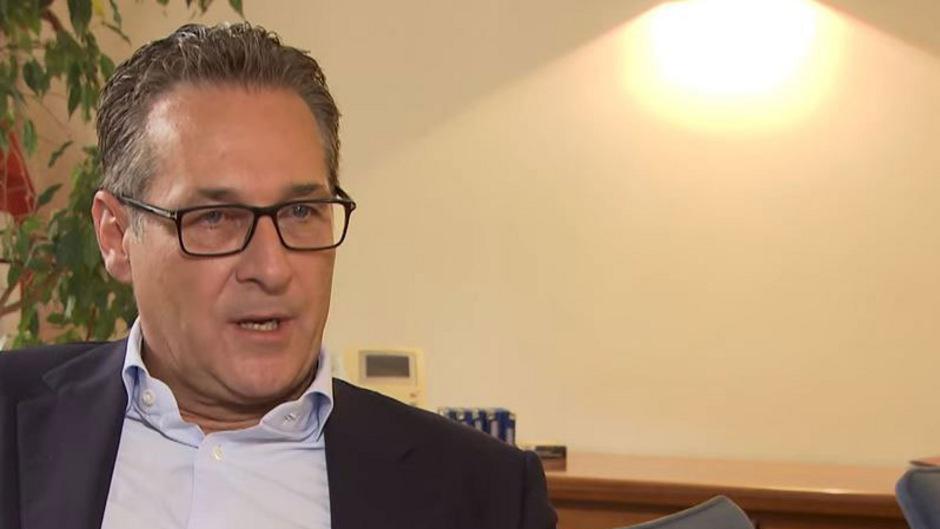 Fühlt sich von seinem ehemaligen Koalitionspartner im Stich gelassen: Heinz-Christian Strache.