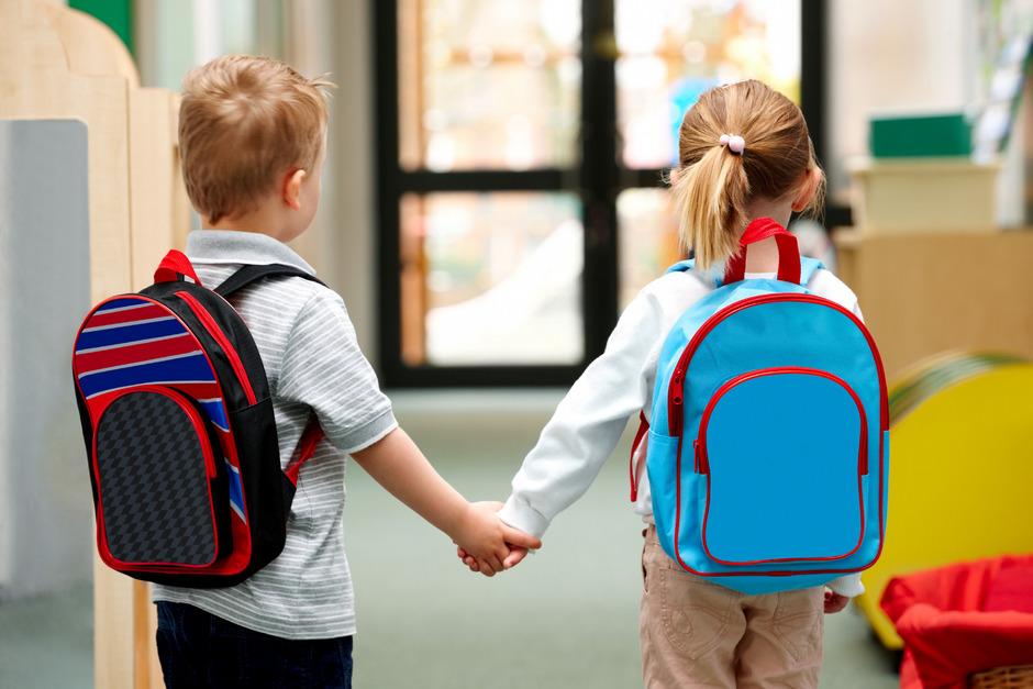 """""""Es müssen nicht alle an der Startlinie stehen, nur weil sie sechs Jahre alt sind"""", sagt der Psychologe Johannes Achammer."""