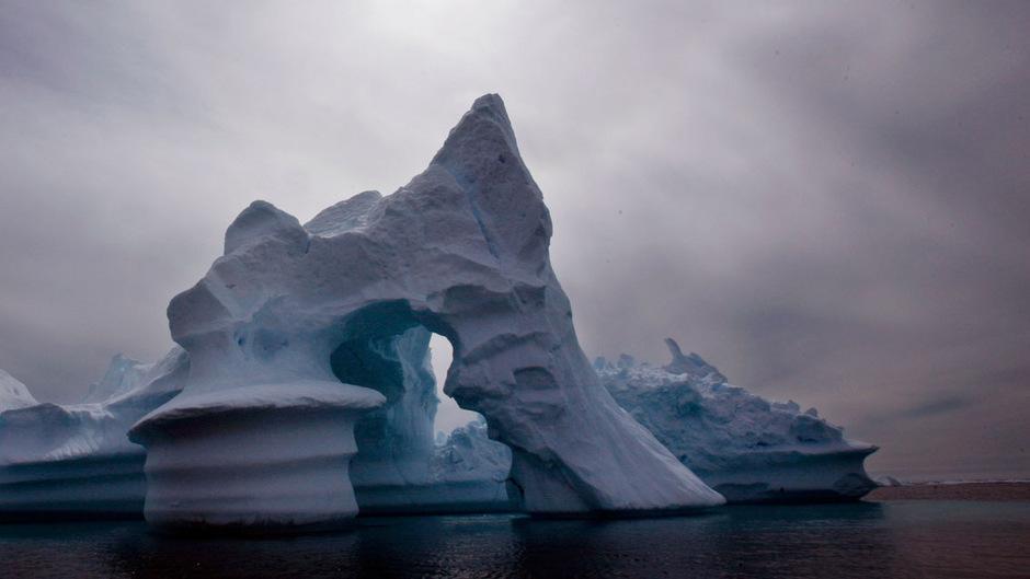 Das Eis der Arktis schmilzt aufgrund des Klimawandels rasant.