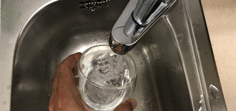 Das Wasser in St.Ulrich kann erst nach einem positiven Gutachten zum Trinken freigegeben werden. Noch muss es abgekocht werden.