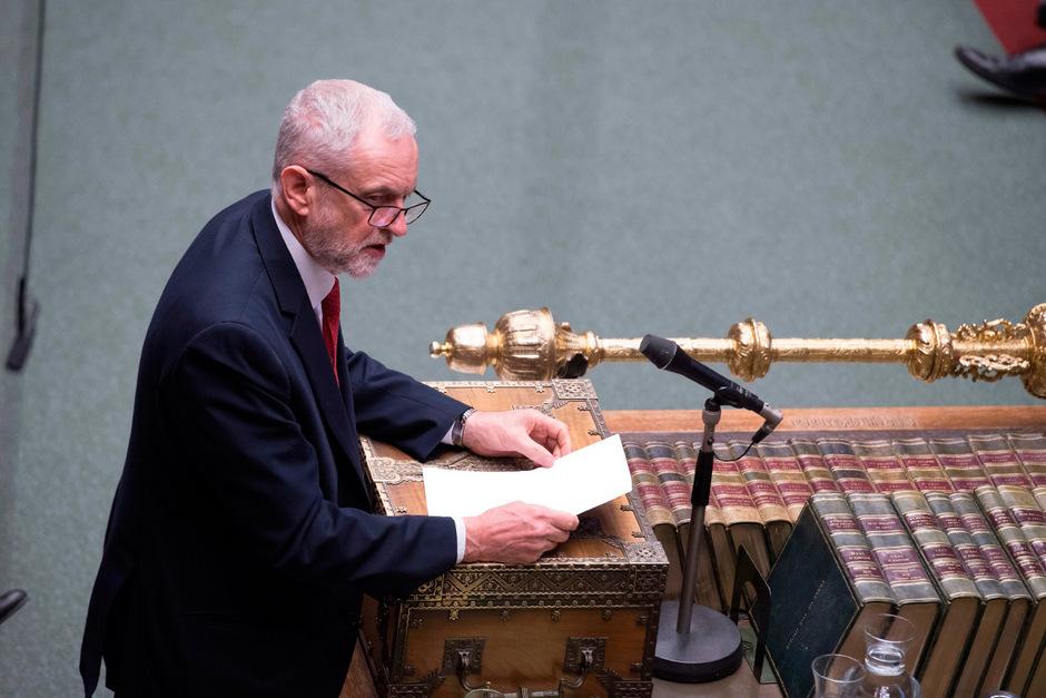 Oppositionsführer Jeremy Corbyn im Parlament.