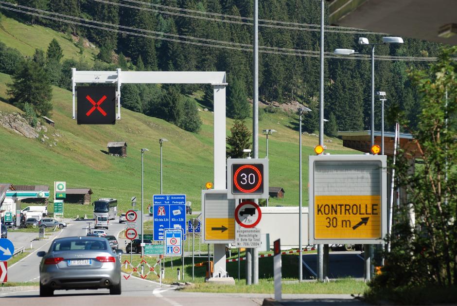 Die Ausleitung zum Kontrollplatz am Reschen (bei Nauders) wird mehrmals wöchentlich aktiviert.