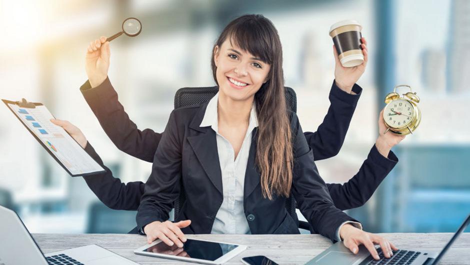 Frauen sind die besseren Multitasker, sagt der Volksmund. Stimmt nicht, erklären Forscher der Uni Aachen.