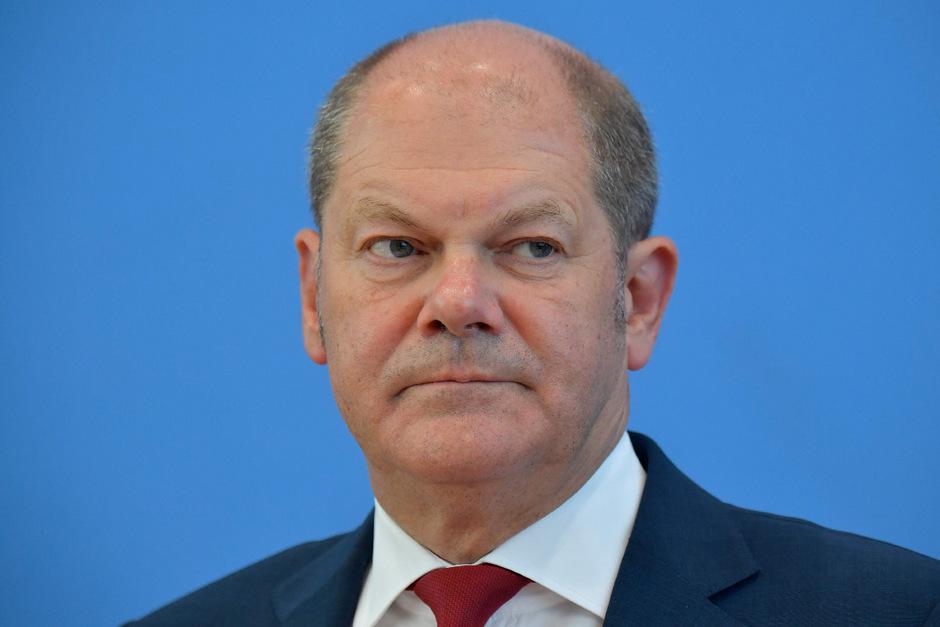 Olaf Scholz ist der erste SPD-Minister, der sich bewirbt.