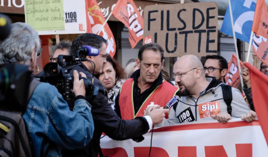 """Vincent Lindon (Mitte) gewann 2015 in Cannes die Darsteller-Palme. """"Streik"""" ist seine vierte Arbeit mit Stéphane Brizé."""