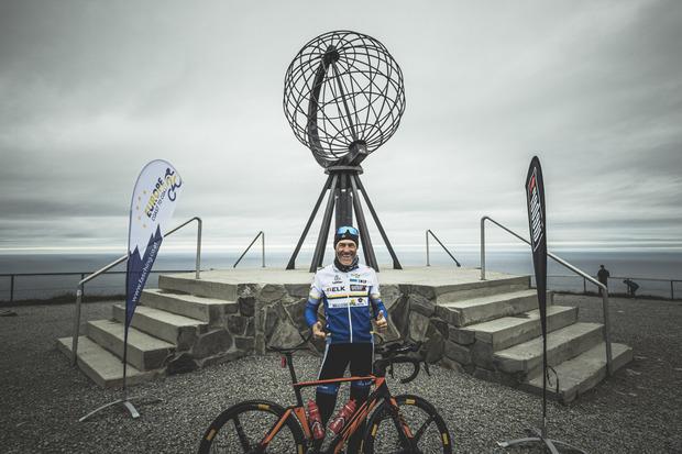 Der österreichische Extremradfahrer Wolfgang Fasching hat Europa in neuer Rekordzeit durchquert.
