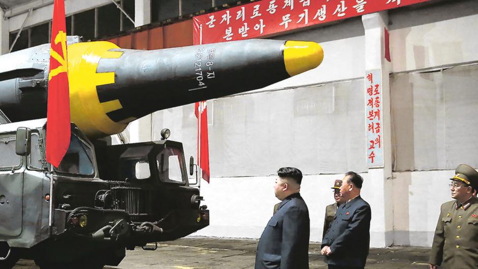 Staatschef Kim Jong-un hat das Waffenarsenal beträchtlich aufrüsten lassen. (Archivfoto)