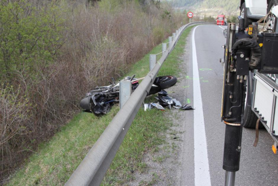 Tödlich endete Mitte April ein Motorradunfall in Ried im Oberinntal (Archivfoto).