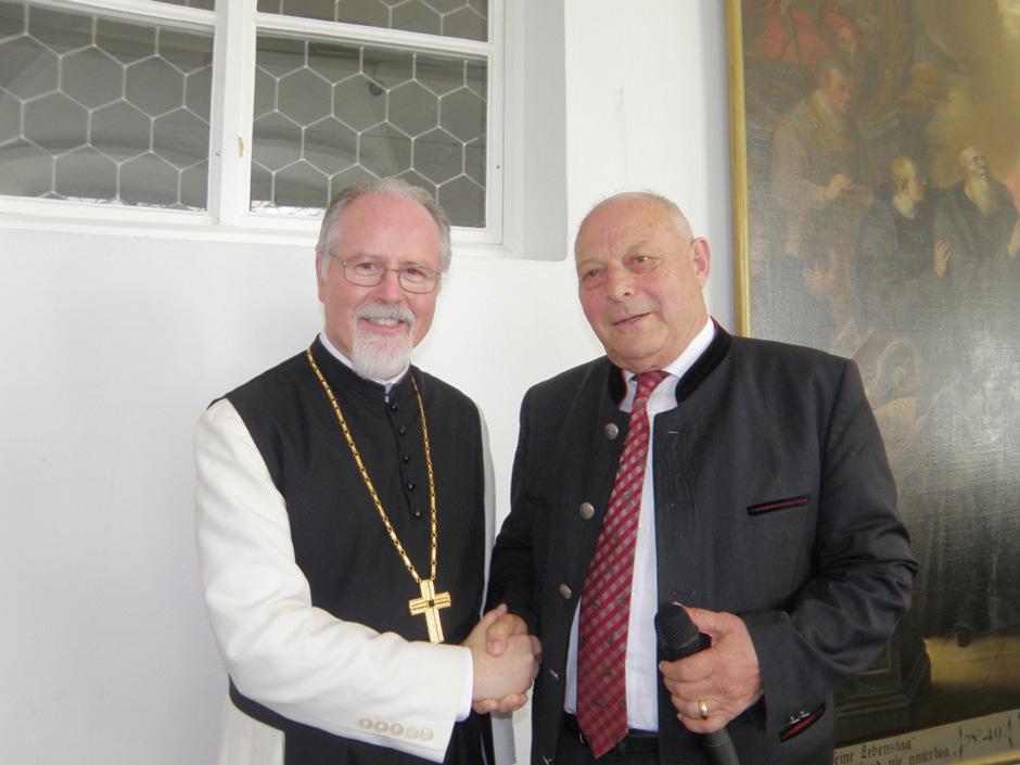 Zeitzeugen unter sich: Südtirols Altlandeshauptmann Luis Durnwalder erzählte bereits aus seinem Leben, Abt Germann Erd tut es am Montag, 2. September, ab 19 Uhr im Haus der Musik in Innsbruck.