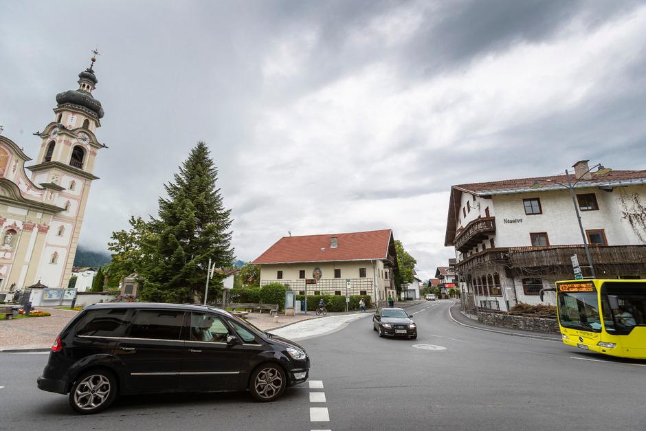 Das westliche Mittelgebirge stöhnt unter der Verkehrsbelastung. Statt einer großen Umfahrung sollen viele kleinere Maßnahmen helfen.