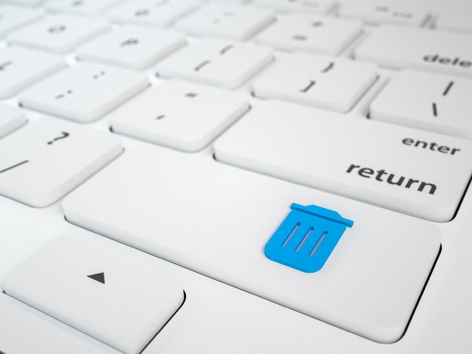 Rein in den Papierkorb: E-Mails mit zwielichtiger Zahlungsaufforderung sollten ignoriert werden.