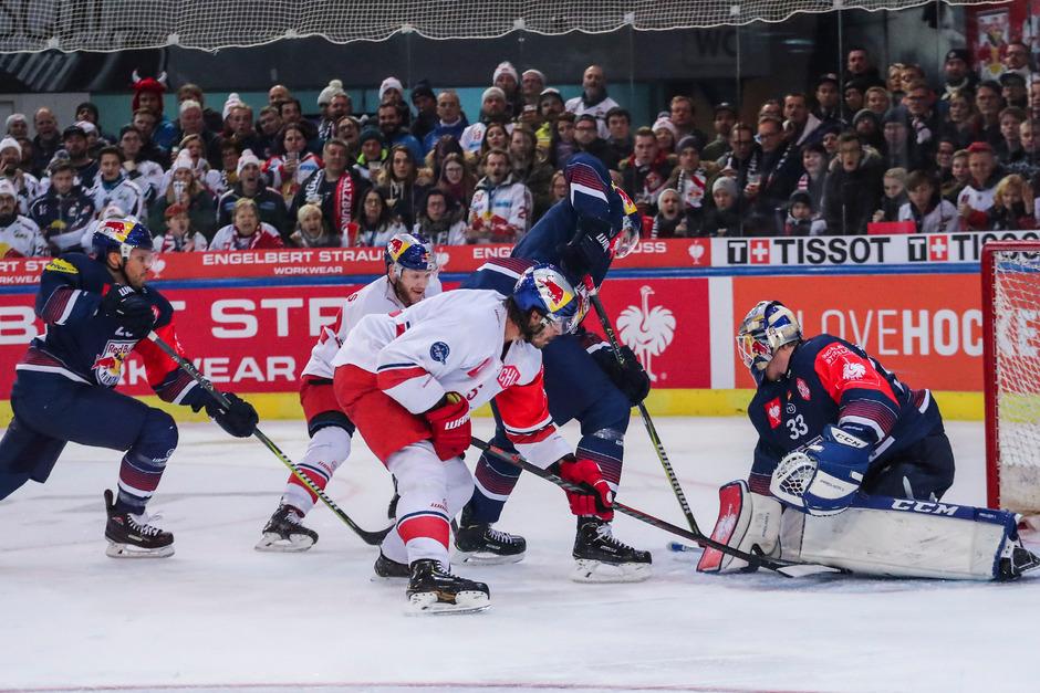 """Das exklusive Invitational Eishockey-Turnier """"Red Bulls Salute"""" kommt heuer mit vier europäischen Spitzenteams erstmals nach Kitzbühel."""